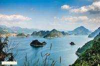 Exploring the tourist area Hoa Binh Reservoir – a Terrestrial Ha Long Bay on the mountain
